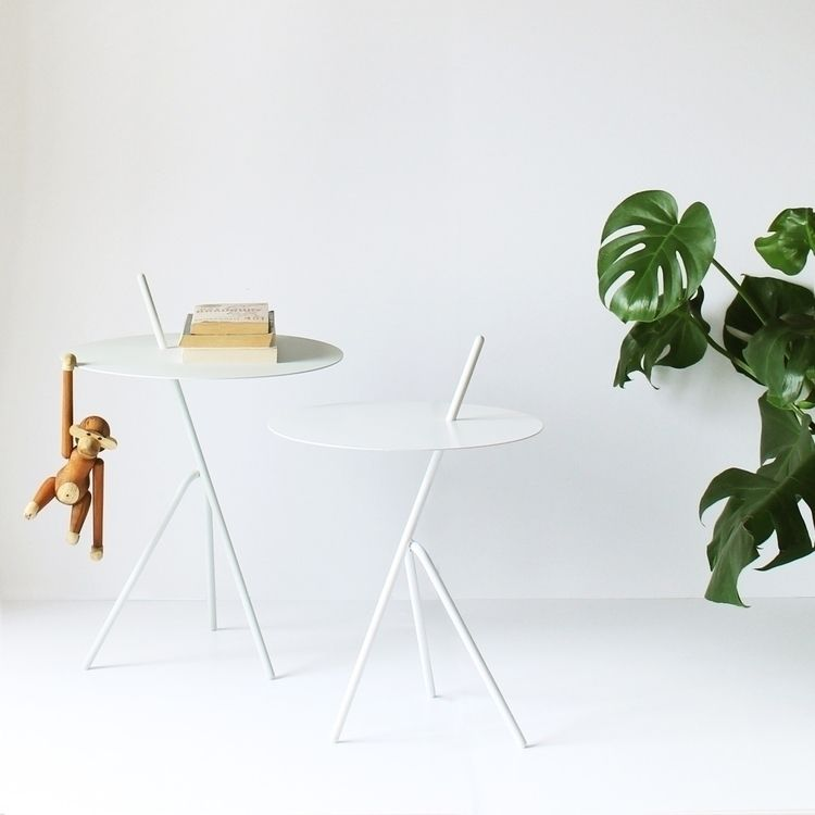 Mariachi Table - Danish, Design - baudesign | ello