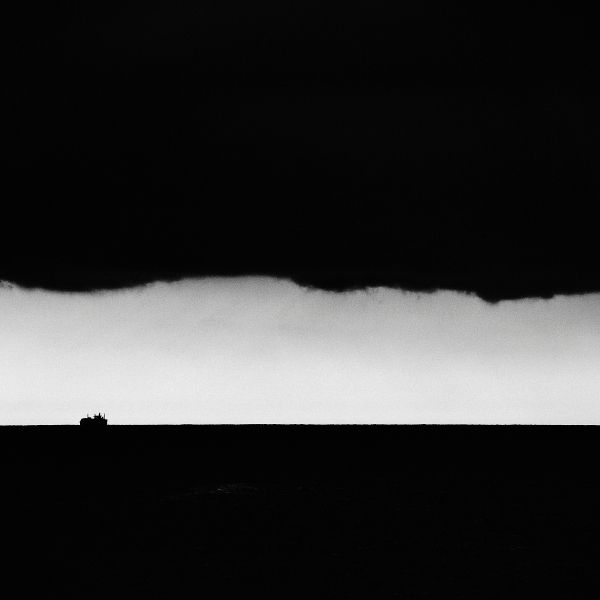 storm, ship, horizon, sky, clouds - wizemark | ello
