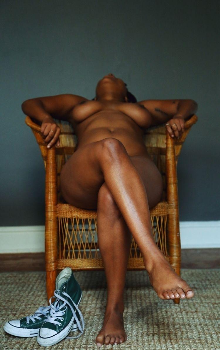 Africans Africa issues nipples  - tokahlongwane | ello