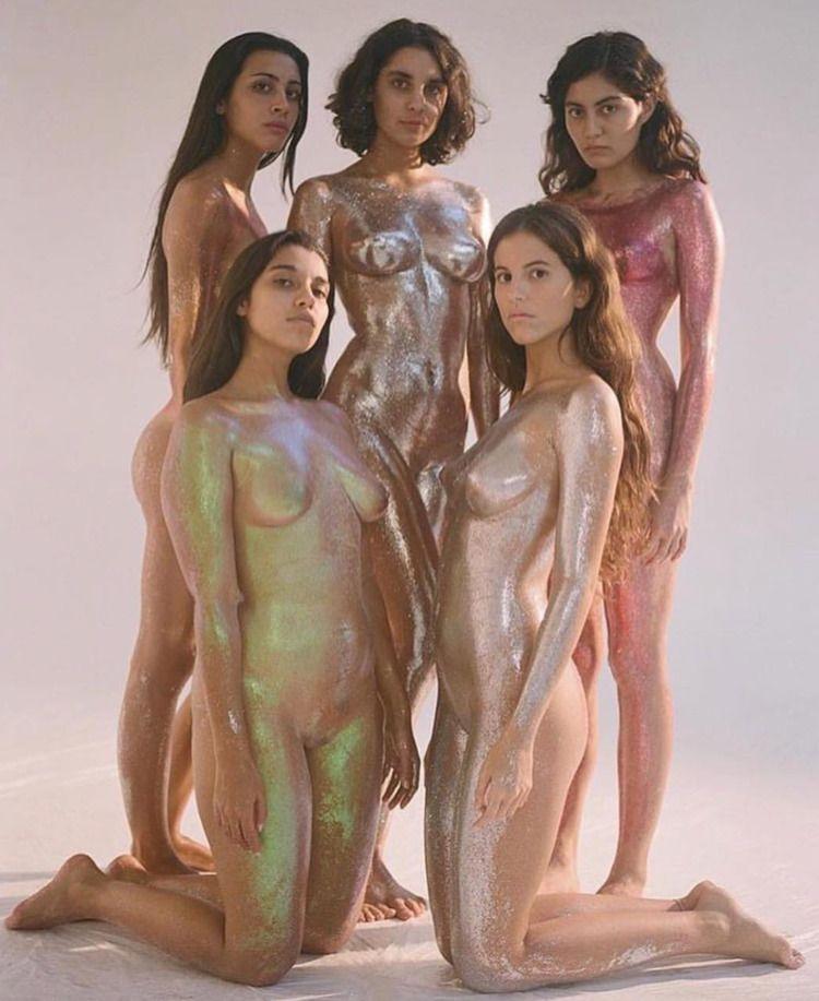 Carlota work Nude Label - glitter - sweatersyouknow   ello