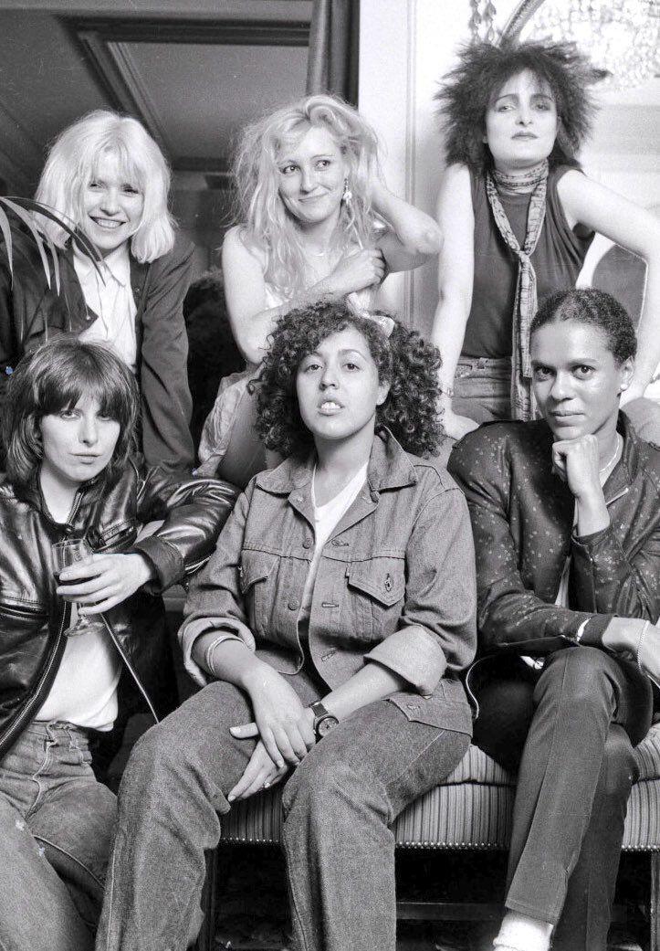 *Punk rock stars, 1980 - bruces   ello