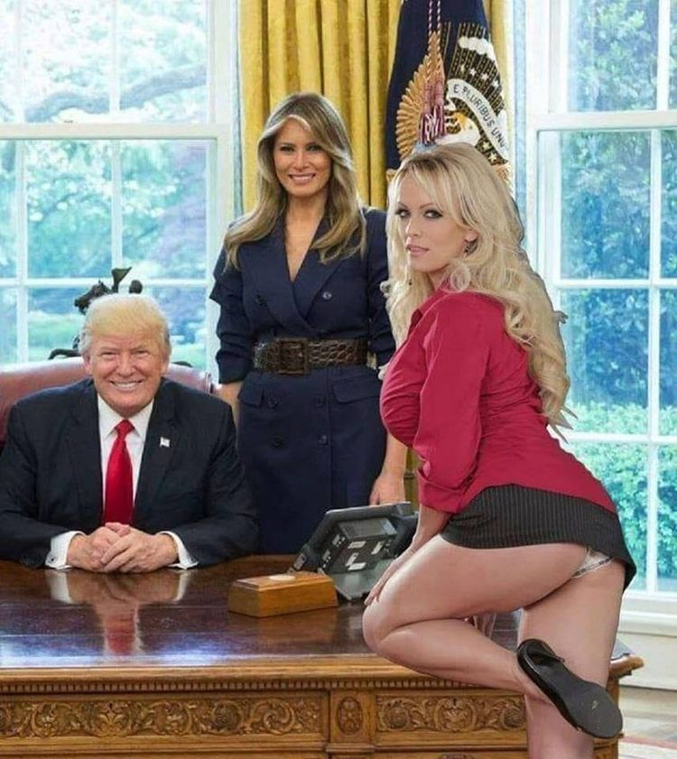 SundayBunday, ImpeachTrump, FakePresident - robogiggles | ello