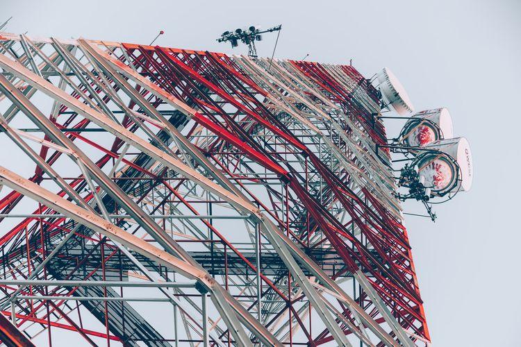 Red White Tower ATT communicati - mattgharvey | ello