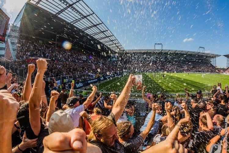Goal! Fans St.Pauli soccer club - gkowallek | ello