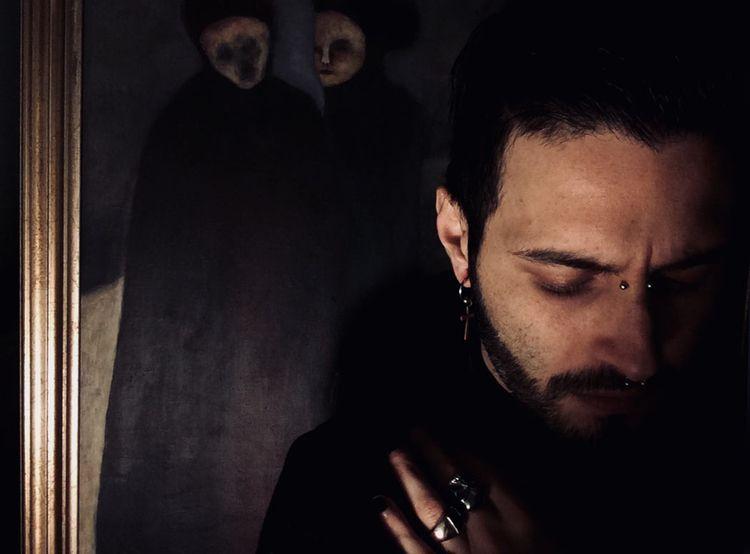 Interview tells artistic journe - fumogallery | ello
