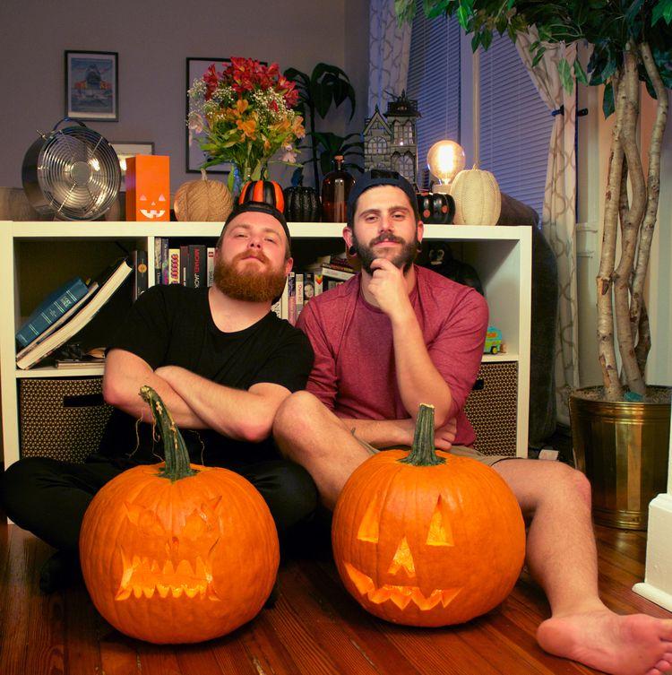 man pumpkin carving - rctorres25 | ello
