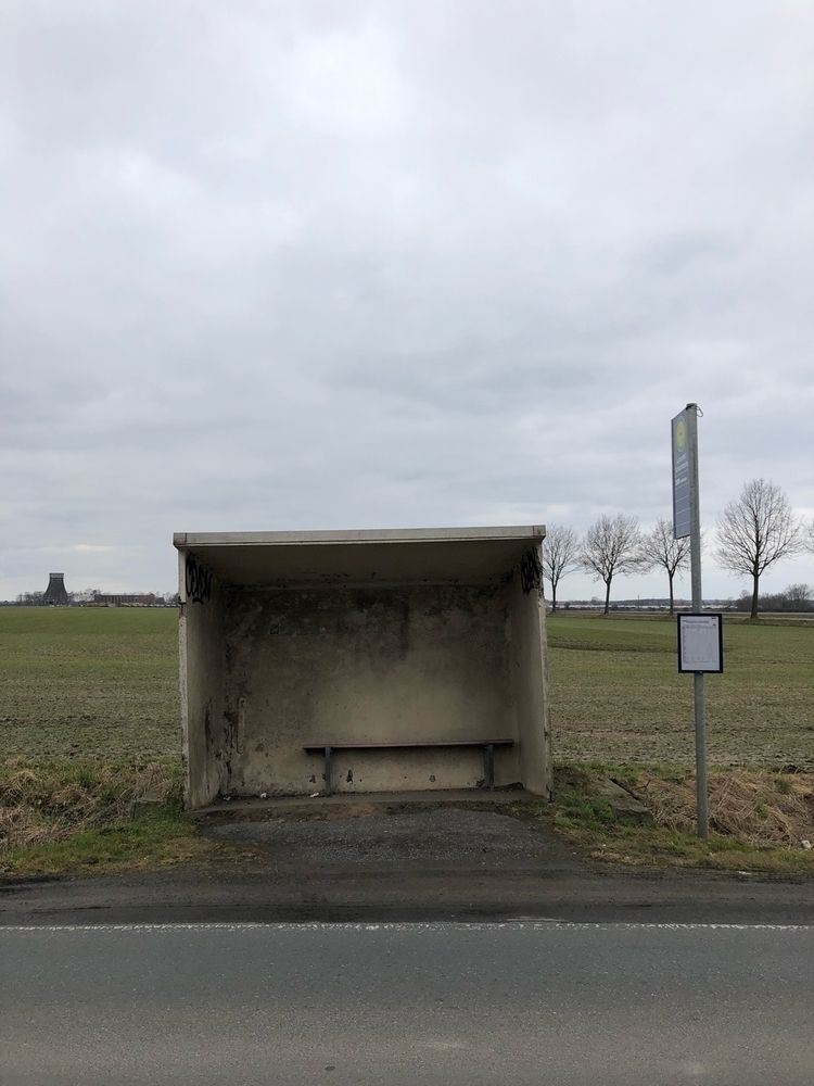 Bus Stop - Lüdersfeld - rowiro | ello