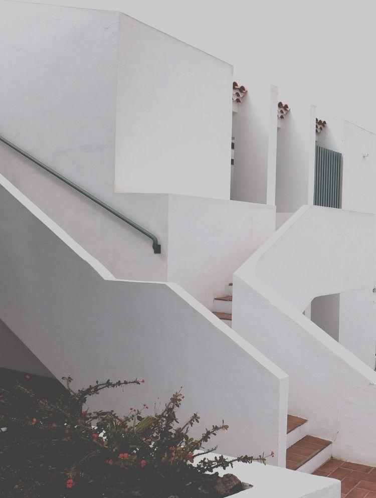 SOFT - minimalism, architecture - vanflaubro | ello