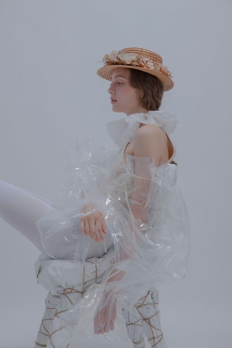 Model: Wiktoria Lentowicz (Doll - lingayi | ello
