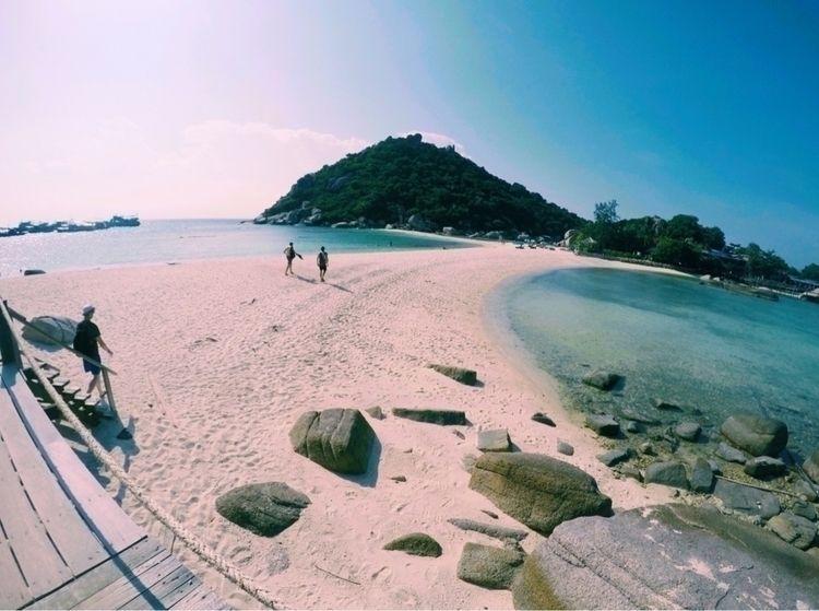 Koh Nang Yuan, Thailand - travel - _amyamit | ello
