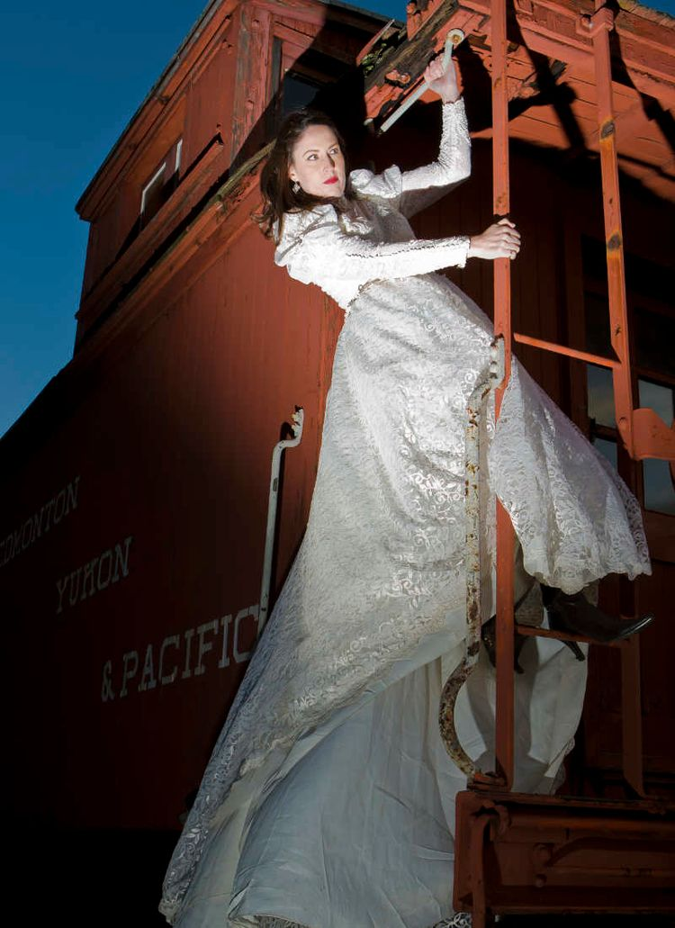 model bride photo shoot - vertigophotographic | ello