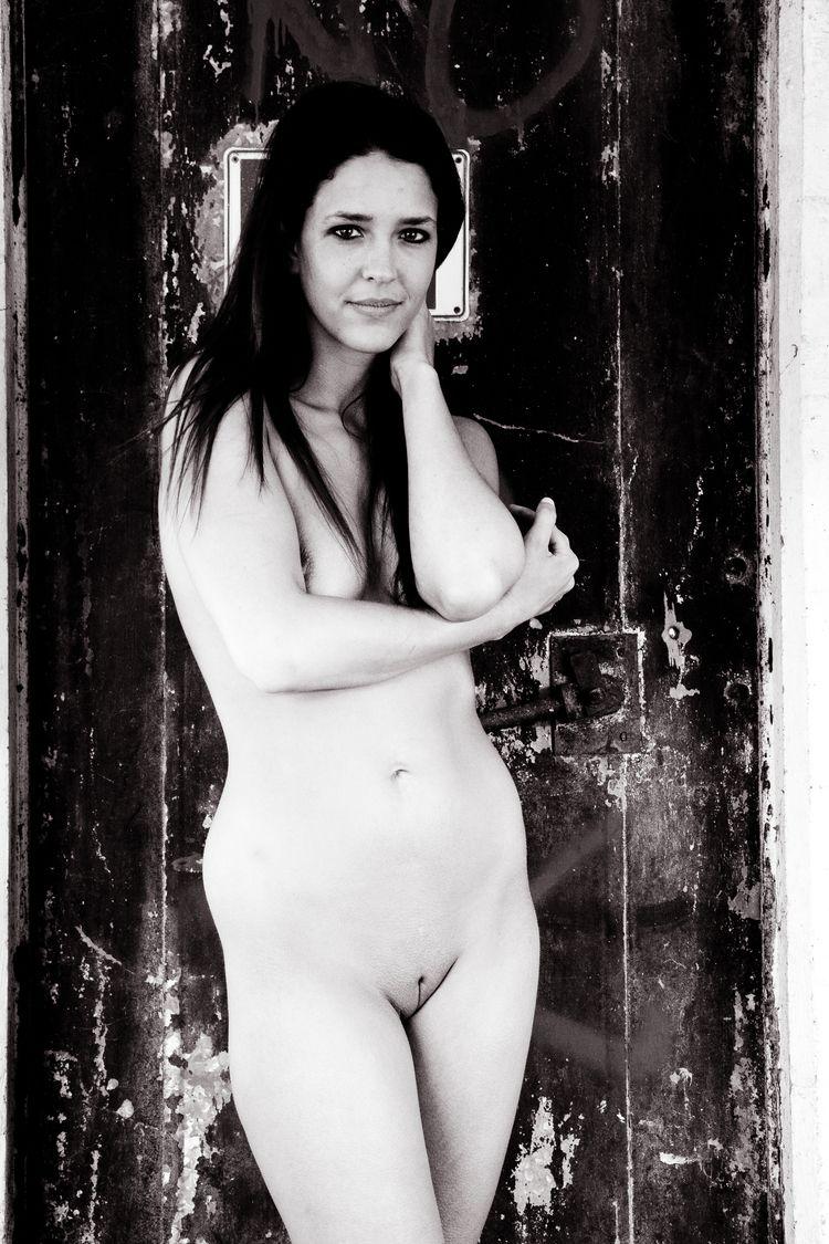 nsfw, nude, naked, shaved, urbex - heycalvin | ello