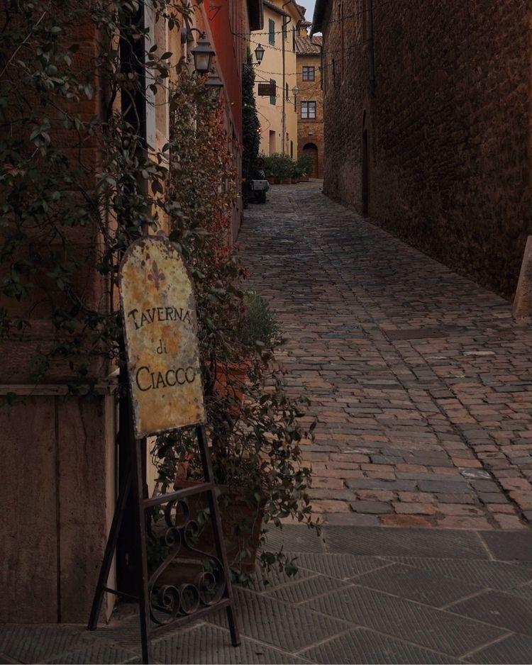 dream empty streets continues - photography - alexandrascotch | ello