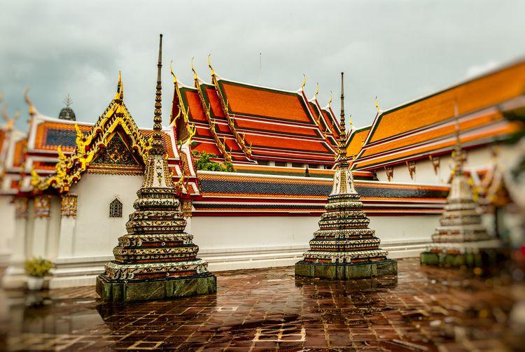 temple roofs chedis Pho - Wat, Chedi - christofkessemeier | ello