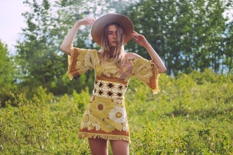 Model Kyra Wearing KyraMade Ins - racheldashae | ello