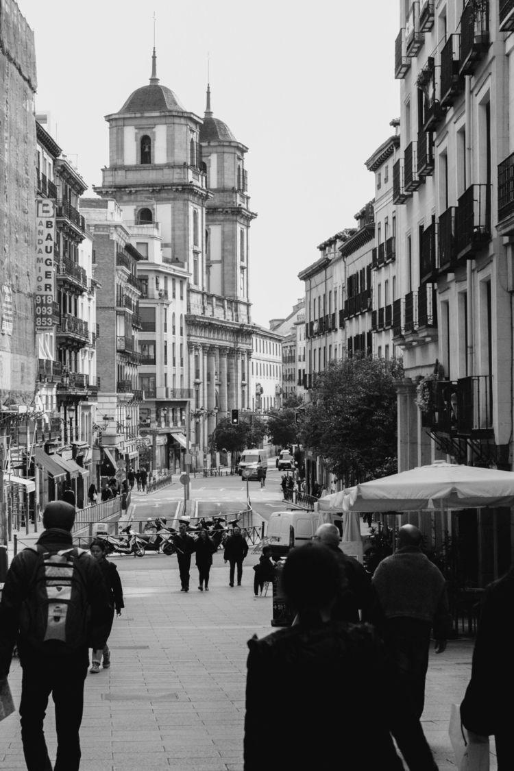 Travels Madrid 01 BW - bw, streetphotography - 002x2 | ello