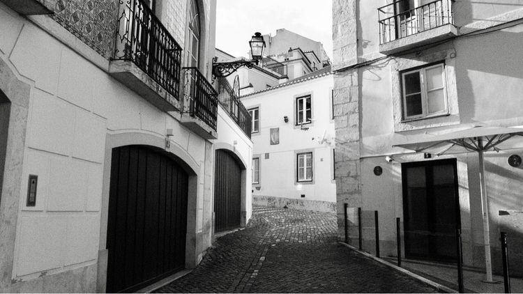 Alfama, Lisbon, 2018. trip city - petarmilic | ello