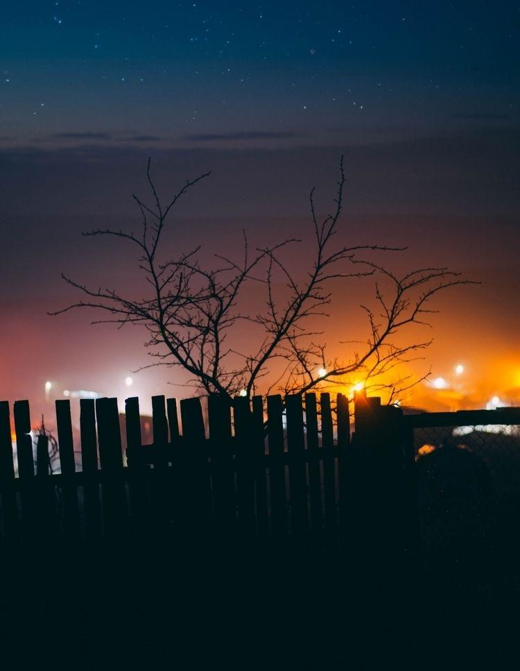 Beautiful night lights:milky_wa - oanceaalex | ello