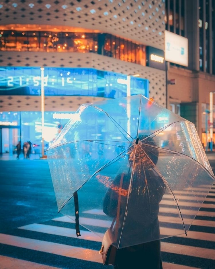 Waiting waiting cross rainy neo - fokality | ello