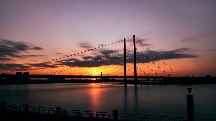 kniebrücke.sunset - grizzleur | ello