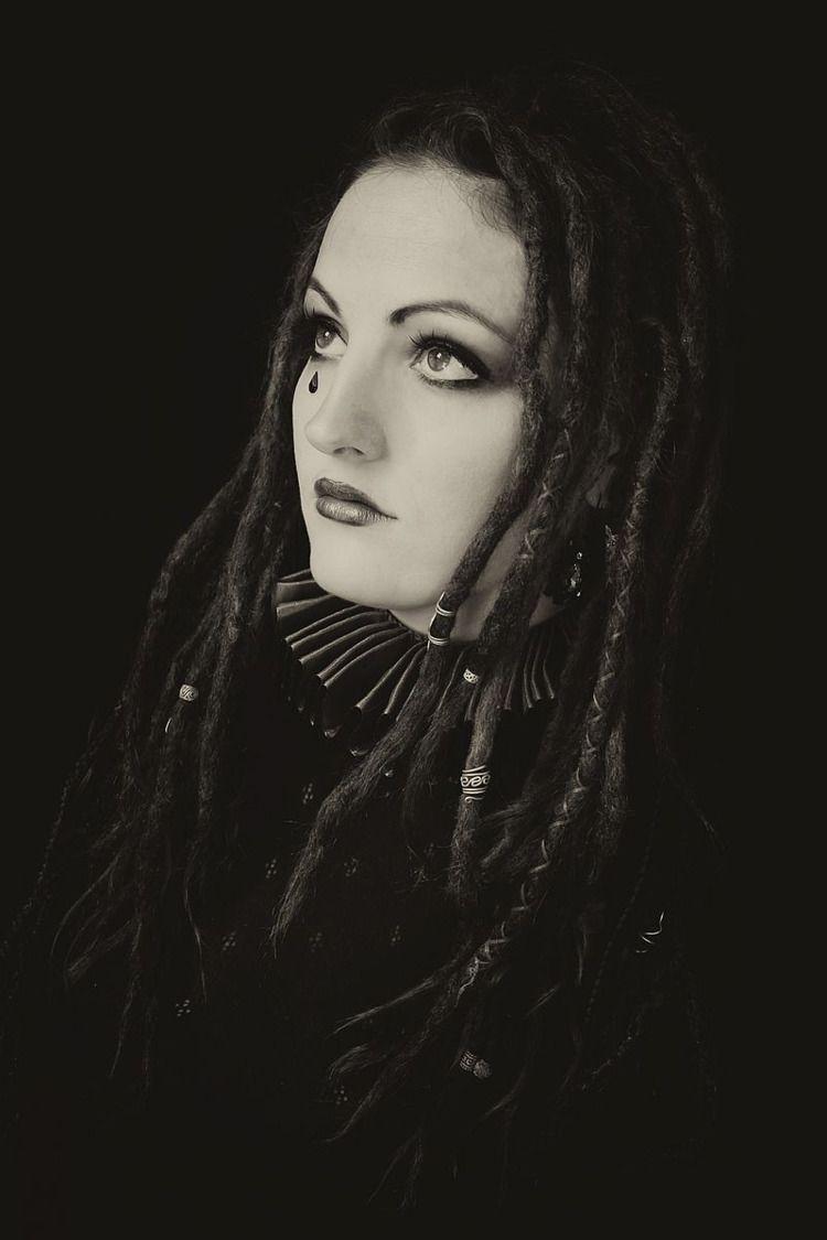 """Harlequin Hope"" — Photographer - darkbeautymag | ello"