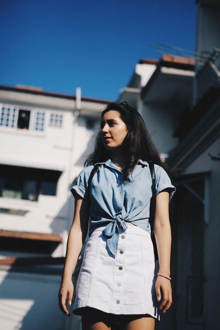 Nicole / Singapore - marianabranicio | ello