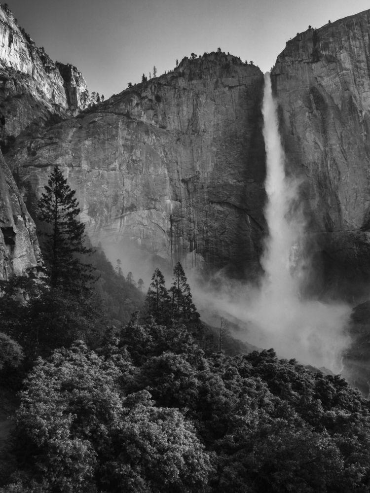 power Yosemtie Falls early summ - aaronvizzini   ello