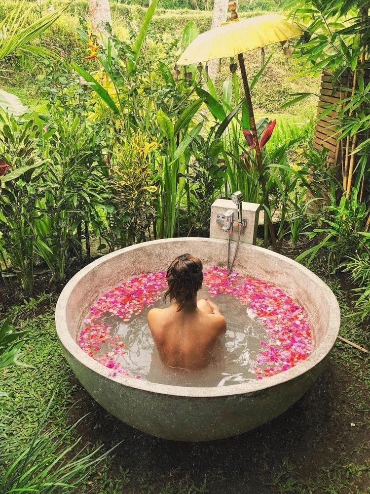 Amazing place ubud Bali - ginvet | ello