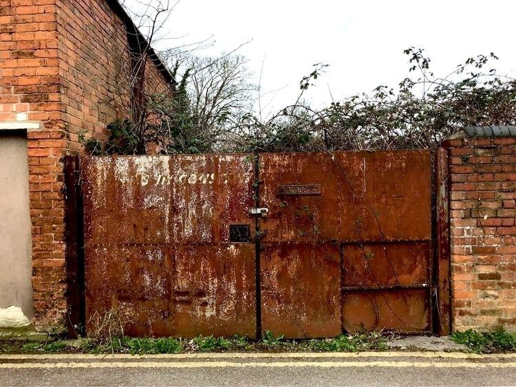 Rusty Gates Toby Lattimore - tobylattimore | ello