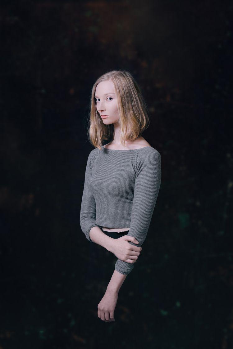 photoshoot finished  - portrait - alejandroamsel | ello