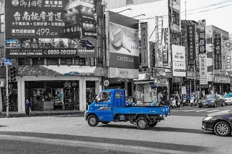 city, taxi, truck, taiwan, tainan - barchor | ello