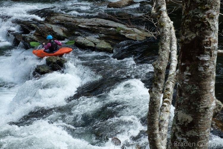 Ledges - kayaking - bradengunem | ello