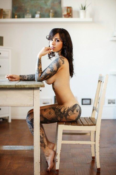 brunette, naked, nude, sitting - ukimalefu | ello