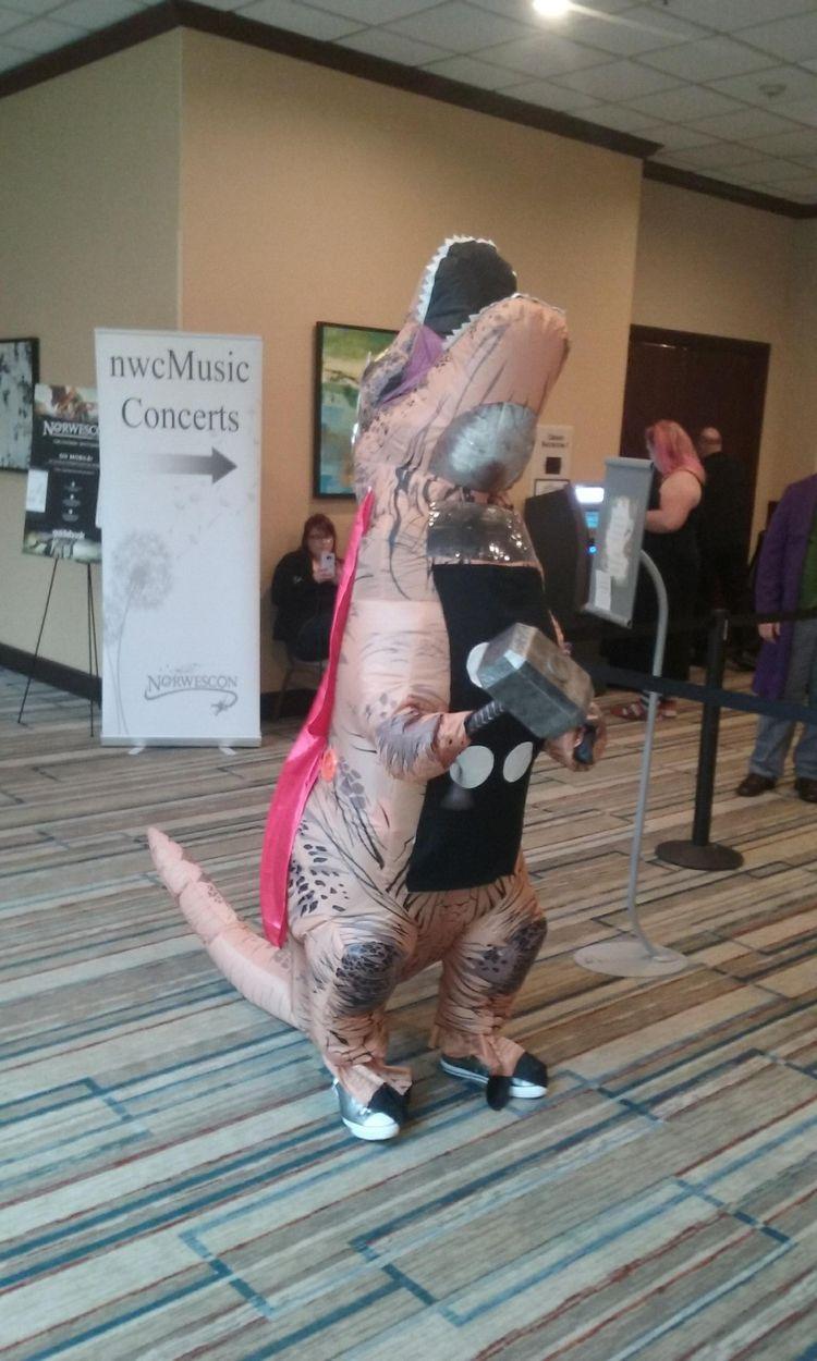 DinoTHOR - NorWesCon41, NorWesCon - betty_adams | ello