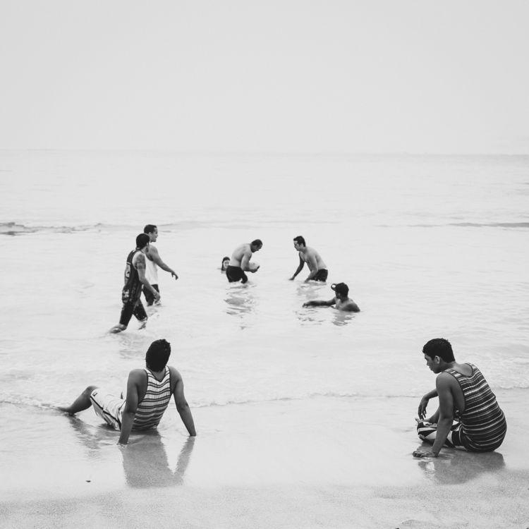 life beach - netzler | ello