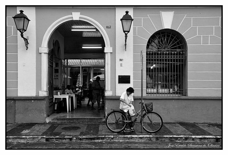 Bike - blackandwhite, blackandwhitephotography - jsuassuna   ello
