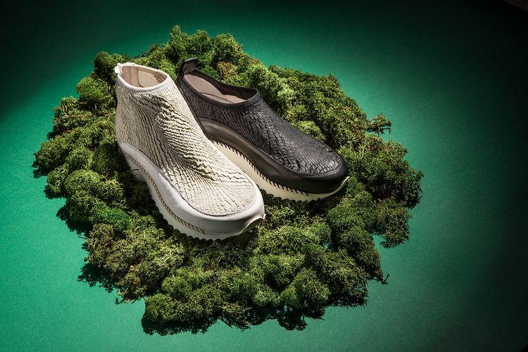 Lightweight sneakers - hand - Andiafora - corazzaspace | ello
