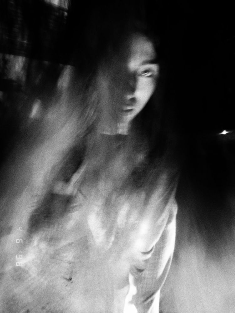 ghost - blackandwhite, blury, photo - uvha | ello