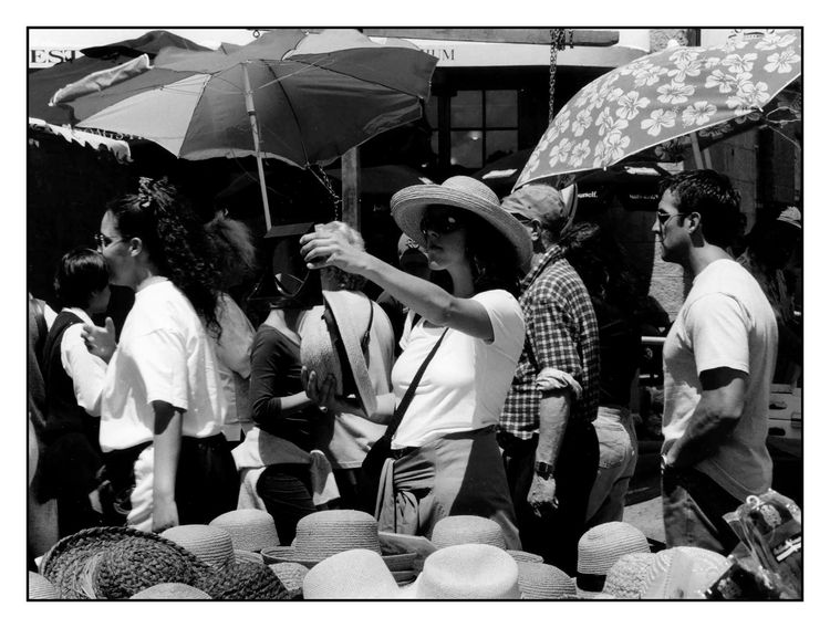 blackandwhite - streetphotography - michaelfinder | ello