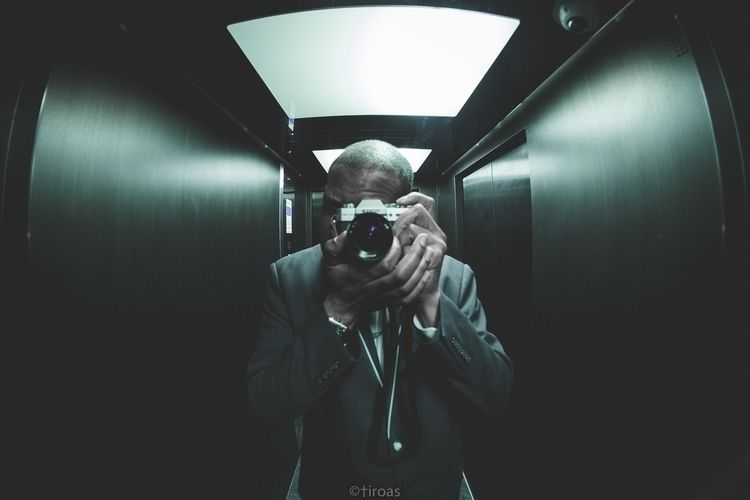 week photography. . Website Ins - tiroas | ello