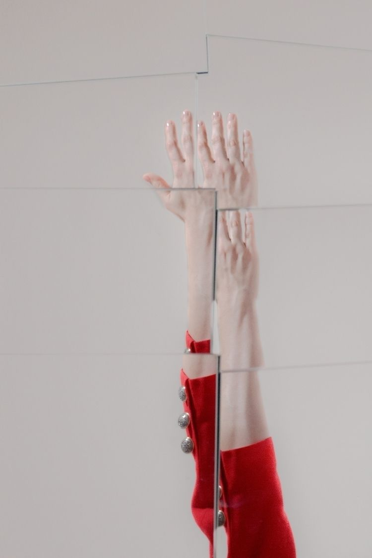 photography, mirrors, handinthesky - juliakraemer | ello