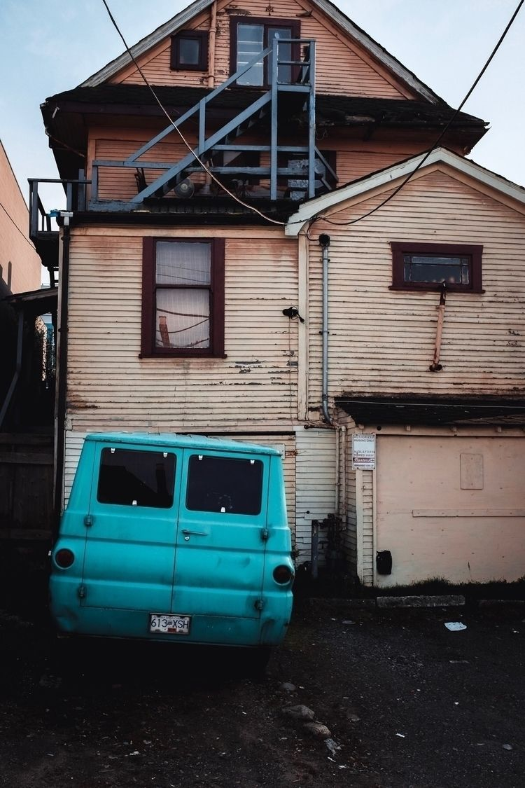 Econoline - xseries, streetphotography - kch | ello