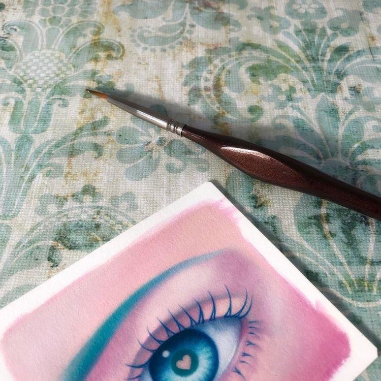 WIP ~ Peek eye Hudson Hughes Od - carolinaseth | ello