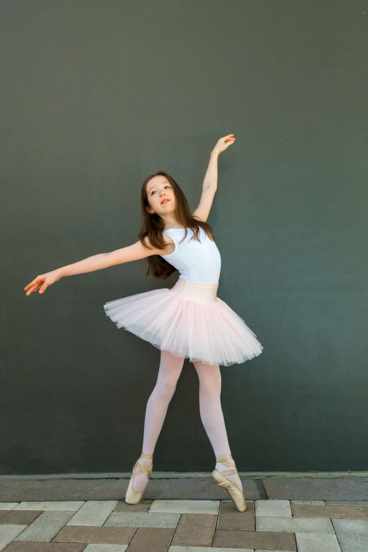Mia Ballerina - 11 - jameslsherman | ello
