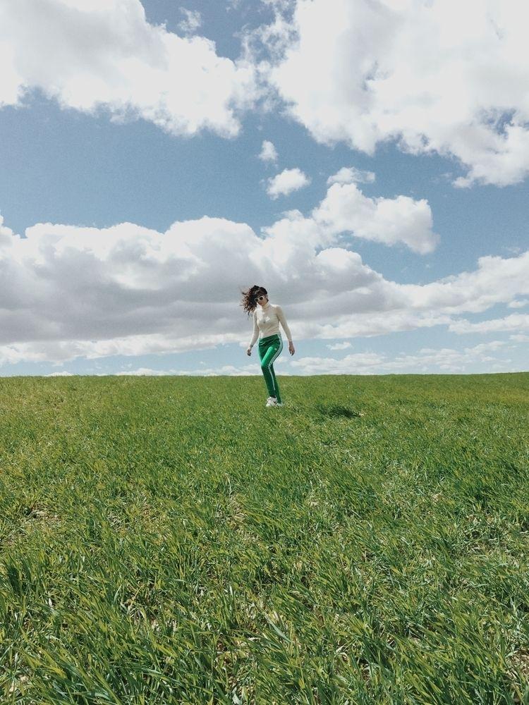Green day - Meadow, minimal, minimalist - lapremioqueen | ello