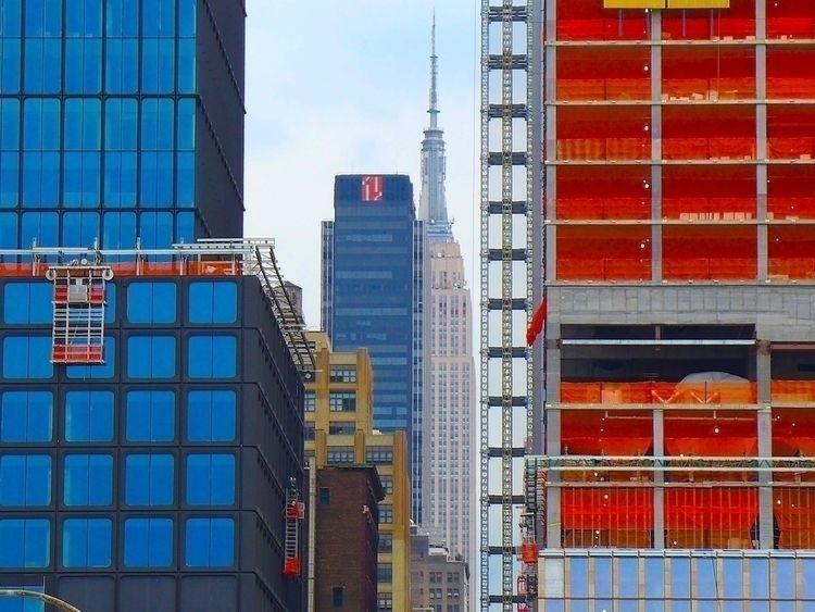 Empire State Building | NYC 201 - thomgollas | ello