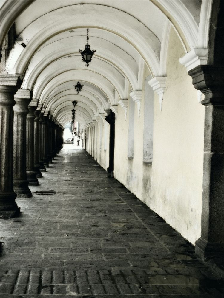 arches pillars - sidewalk, Antigua - sirhowardlee | ello