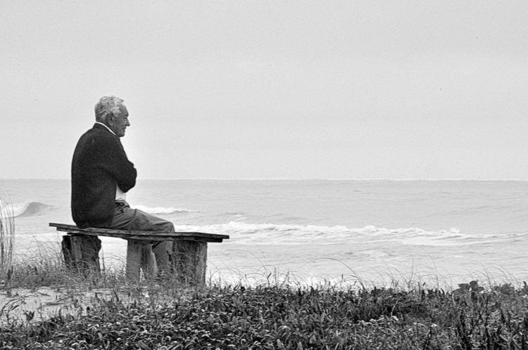Solitude - blackandwhite, blackandwhitephotography - jsuassuna | ello