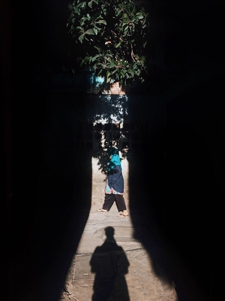 shadowplay, street, walk - dsdesta | ello