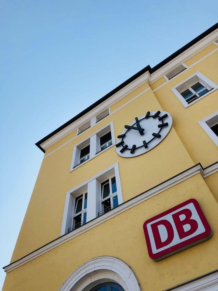 ⇢ Straubing - Regensburg, Bahnhof - rowiro | ello